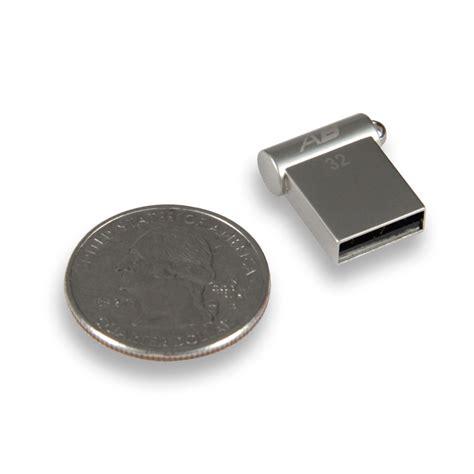 Flashdisk Unik Canon Sony Nicon 32gb 32gb autobahn usb flash drive pr 237 slušenstvo k nb a pda