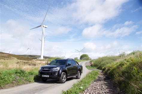 Knife Fresh Eiger isuzu s cool new d max is a real breath of fresh air