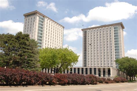 illinois housing search resident assistant spotlight luke sokolowski illinois state university stories