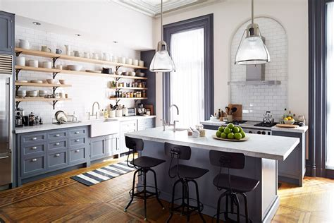 nancy meyers kitchen set design nancy meyers film quot man lernt nie aus the intern quot