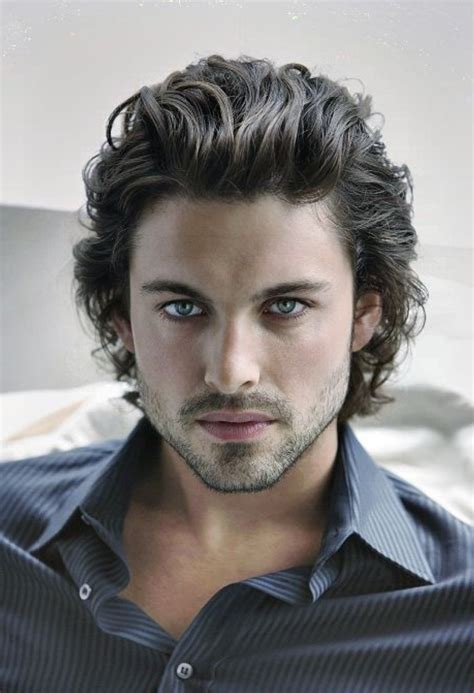 Best Hairstyles For Guys With Hair by Hairstyles For Guys With Thick Hair Hair