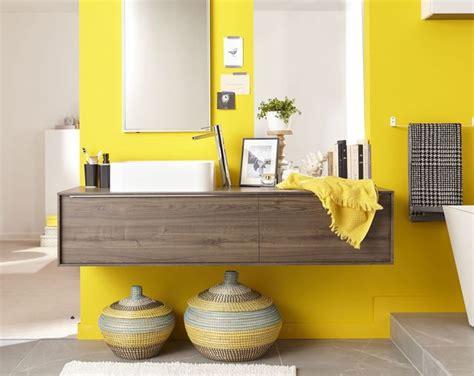 meuble salle de bain des modeles de meubles suspendus tendance cote maison