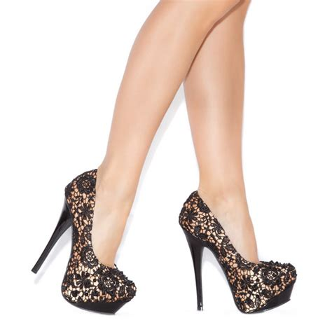 shoedazzle high heels crocheted high heels from shoedazzle are popular and cheap