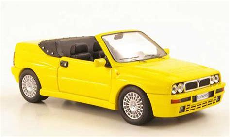 New Premium Diecast Lancia Delta Integrale Hf Miniatur Mobil Klasik lancia delta hf integrale convertible yellow 1992 premium