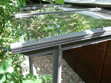 geländerstäbe metall halbgewendelte treppe muster das beste aus wohndesign