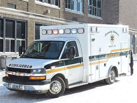 Lu Emergency Sl 825 encountering emergency vehicles news sports minot daily news