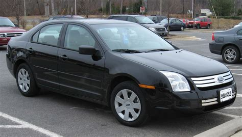 how does cars work 2007 ford fusion lane departure warning file 2006 2007 ford fusion 2 jpg wikimedia commons