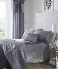Luxury Boulevard Crushed Velvet Panel Duvet Quilt Cover Silver Bed Set