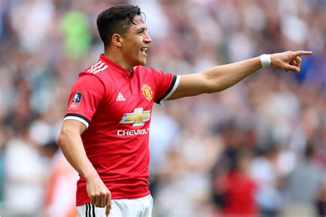 alexis sanchez to spurs manchester united 2 tottenham 1 sanchez and herrera net