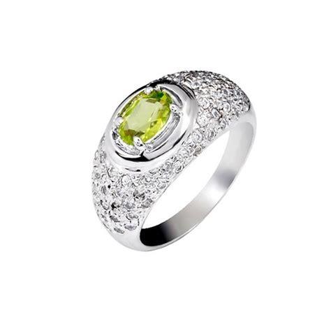 1 carat peridot engagement ring on silver jewelocean