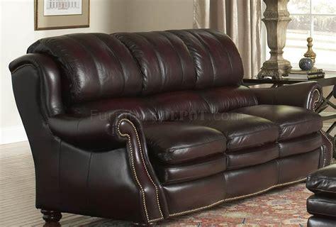 burgundy leather sofa and loveseat leather italia burgundy bridgeport sofa loveseat set w