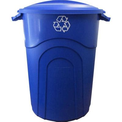 united solutions 32 gal outdoor recycling trash can in