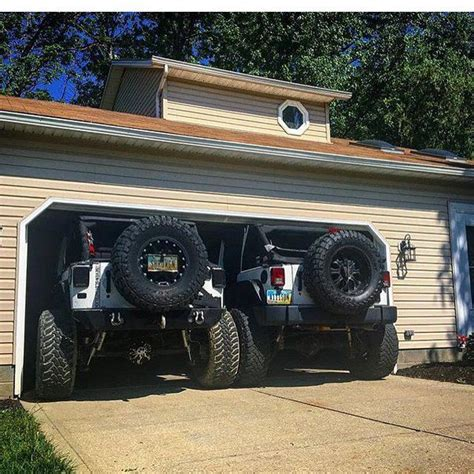 his and hers jeeps his and hers lifted trucks pixshark com images