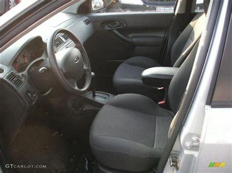 2005 ford focus zx5 se hatchback interior photos