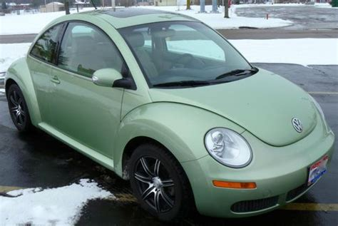 how petrol cars work 2007 volkswagen new beetle interior lighting sell used 2007 volkswagen new beetle w 60k miles 2 5l 5 cyl automatic vw bug gecko green in