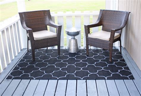 How To Make An Outdoor Rug Outdoor Rug On The Cheap An Easy Diy Project