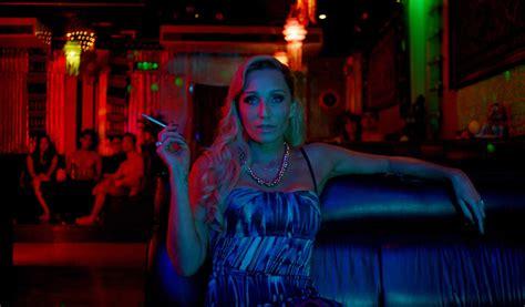 Lights Movie 10 Visually Stunning With Neon Lighting Scene360