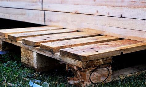 Construire Cabane En Palette by Construire Un Abri De Jardin En Bois De Palettes