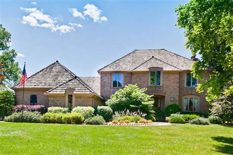 2 ln hawthorn woods il 60047 home for sale and