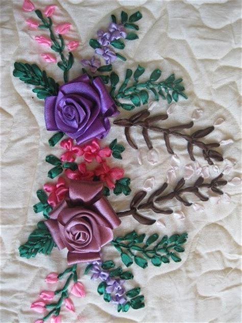 Bantal Bunga Mawar 6 rumah sulam pita sarung bantal motif mawar