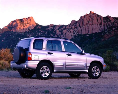 service manual how make cars 2004 chevrolet tracker free book repair manuals 100 chevy