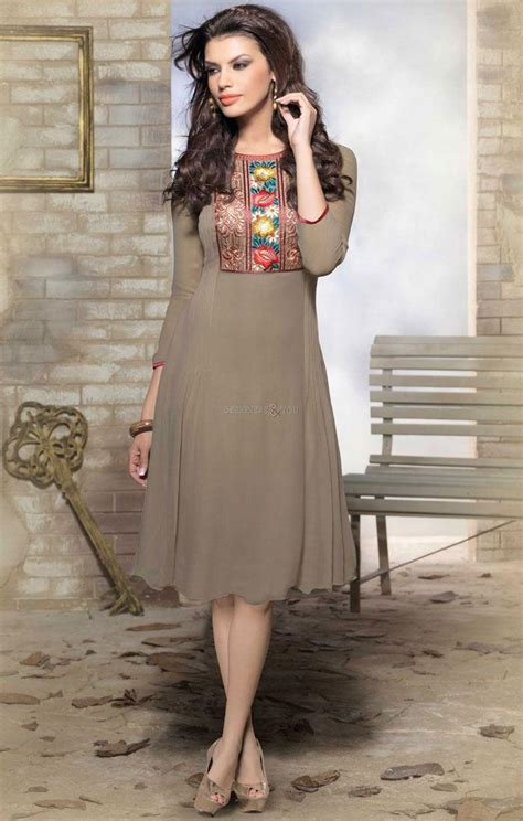 style fashion boutique kurtis pattern with embroidery neck designs style