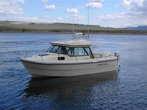 new small cuddy cabin boats best 25 cuddy cabin boat ideas on pinterest cabin
