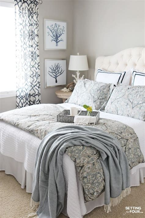 What Is Considered A Small Bedroom by 8 Tips For Choosing Beautiful Ceiling Colors Birch