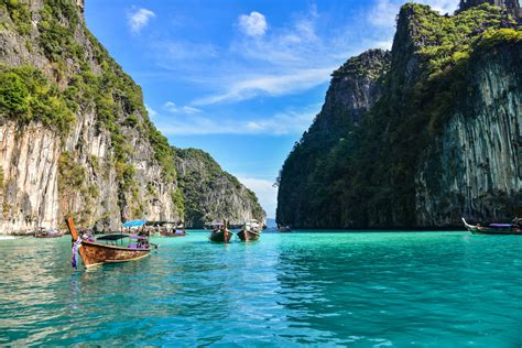 best speed boat tour to phi phi island 40 off phi phi island tour by speedboat visit maya bay