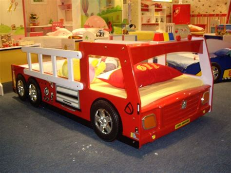 firetruck bedroom boys fire truck bed design ideas warmojo com