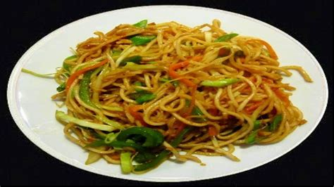 schezwan noodles recipe video noodles in spicy sauce by bhavna youtube