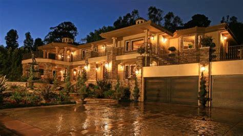 kardashian houses kris jenner house exterior