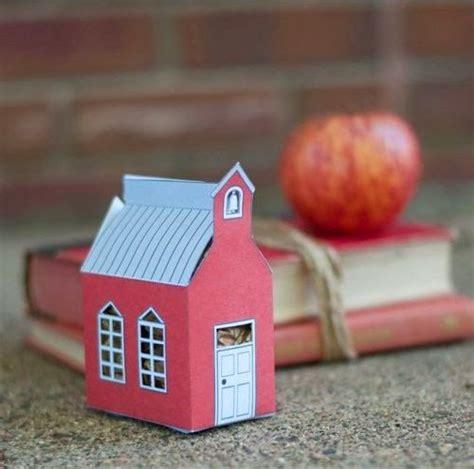 cara membuat kerajinan mainan dari kardus cara membuat kerajinan tangan dari kardus rumah mini