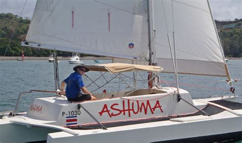 trimaran under sail a searunner 25 charter in tropical costa rica small