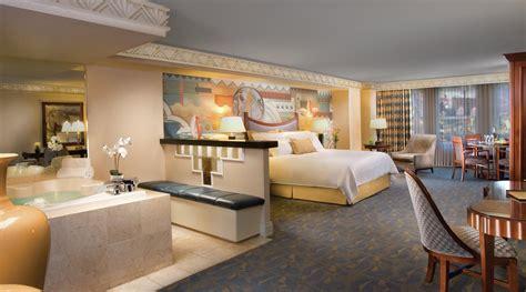 new york new york rooms marquis suite new york new york las vegas mgm resorts