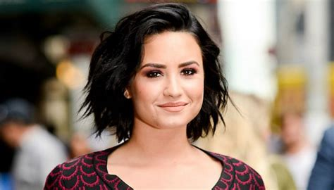 biography of demi lovato wikipedia demi lovato height weight age wiki biography net worth