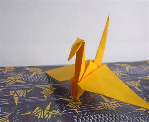 Folding 1000 Paper Cranes - origami crane variations