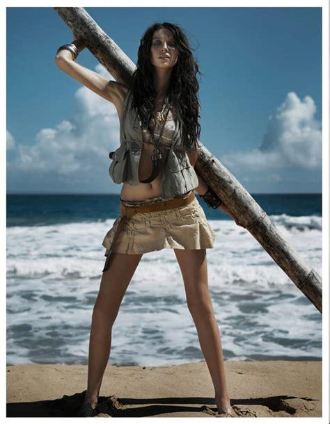 isla fisher legs   bing images