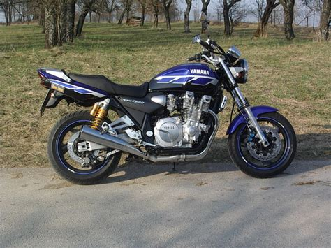 Motorrad Felgenaufkleber Louis by Yamaha