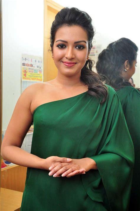 cute hindi film actress desipixer desi actress pictures hot images actress photos