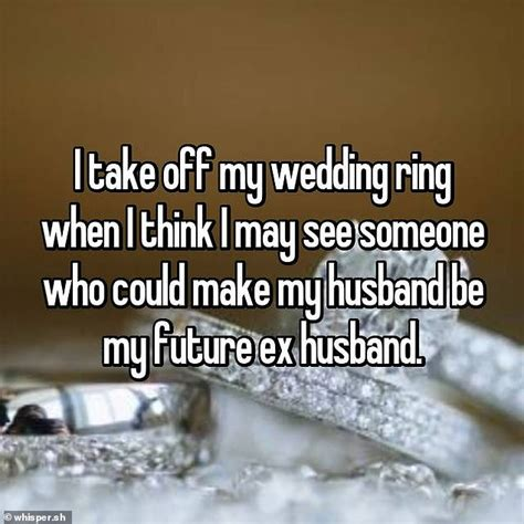 married people reveal why they remove their wedding ring