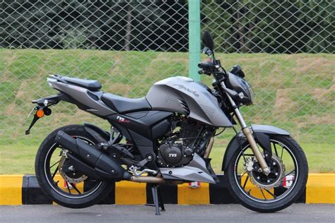 tvs apache bike 200 cc new indore image tvs apache rtr 200 4v first ride review dexterous dazzle