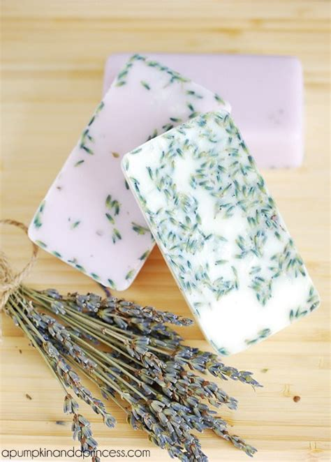 Handmade Lavender Soap Recipe - lavender soap tutorial