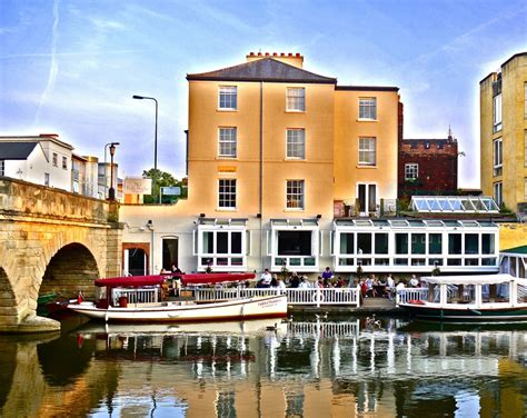 party boat oxford sightseeing tours boat hire visit oxford river cruises