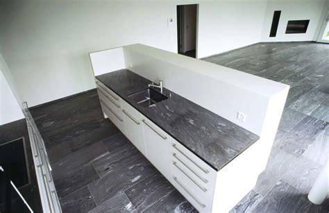 Rustikale Küchengestaltung by K 252 Che 187 K 252 Chenarbeitsplatte Stein K 252 Chenarbeitsplatte