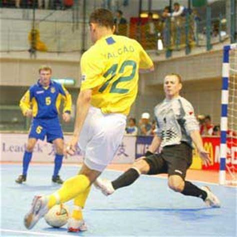 Sepatu Futsal Umbro Falcao december 2010 of thought