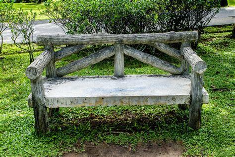 log bench seat 60 garden bench ideas