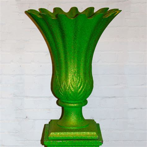 Plastic Flowers In Vase by Green With Gold Speckle Plastic Flower Vase Ten And A