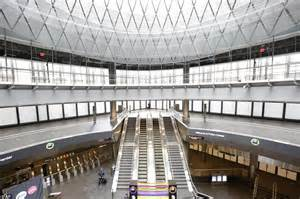 new york station books world trade center s 1 4 billion transport complex opens