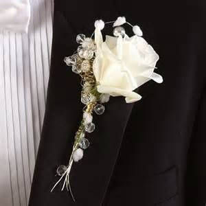 boutonnieres for wedding compose a wedding flower boutonniere archives the wedding specialists